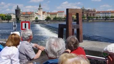 Pozvánka na plavbu parníkem Hamburg po Vltavě