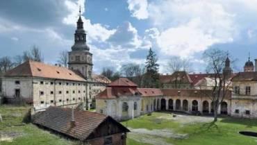 Zveme vás na výlet: Plasy – klášter na vodě a barokní perla západních Čech