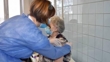 Očkování seniorů 80+ v DPS a DBB